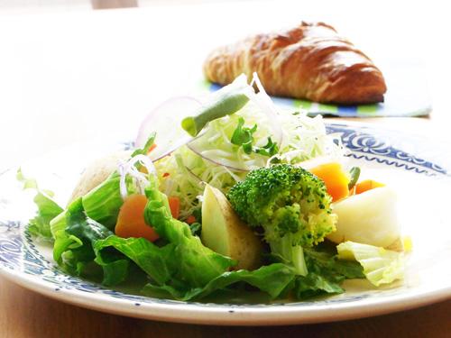 パンとサラダ○.jpg