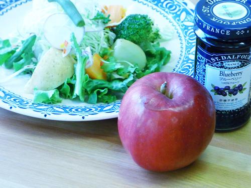 写真教室 りんごとサラダ.jpg