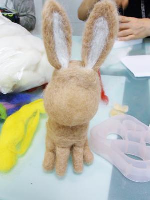 羊毛フェルト 教室 うさぎ 茶色.JPG